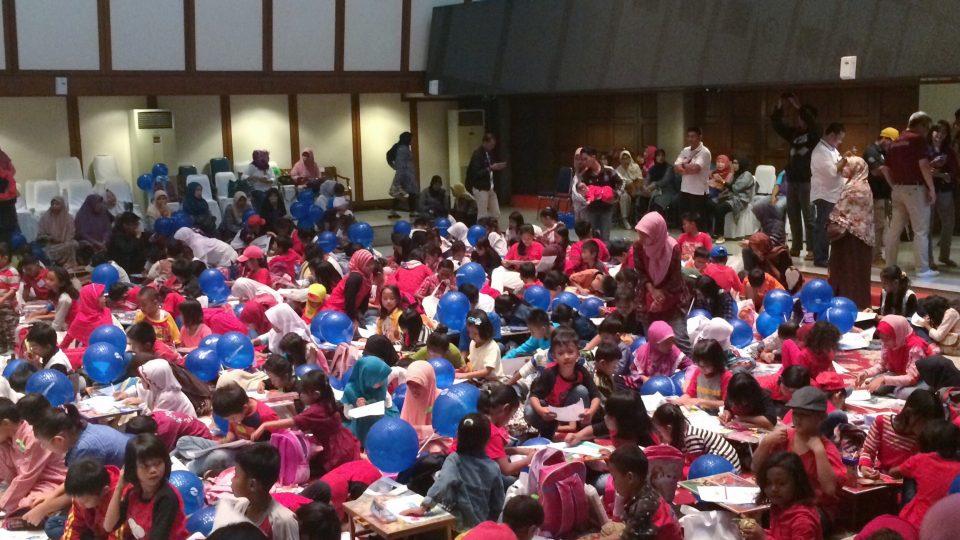Transjakarta Gelar Lomba Mewarnai untuk Anak-anak Wisata RPTRA